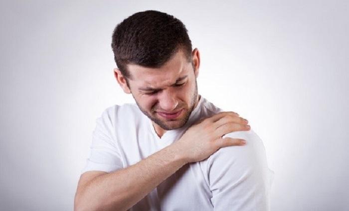 شانه یخ زده (شانه منجمد یا فروزن شولدر)  علائم، علت و درمان آن