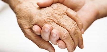 چه عواملی باعث بروز بیماری پارکینسون میشوند؟